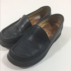 Footprints by Birkenstock black leather loafers